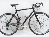 Wishbone carbone, montage : CAMPAGNOLO RECORD triple, fourche monocoque carbone, roues 700 C CAMPAGNOLO EURUS