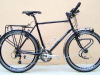 MONTAGE SHIMANO DEORE, roues 26″, porte-bagages TUBUS, éclairage moyeu AV dynamo